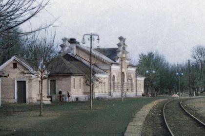 Новий залізничний вокзал в Стоянові