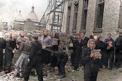 Під час добудови школи 1962 рік