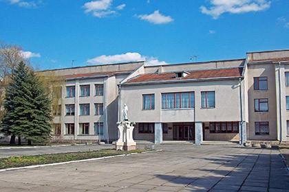 Нова школа 2010 рік